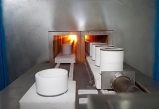 精密陶磁器製造技術