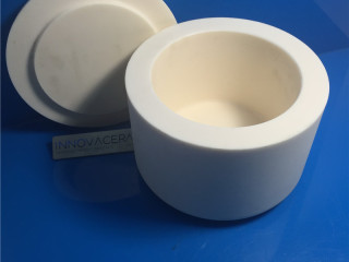Alumina Ceramic Crucibles And Lids