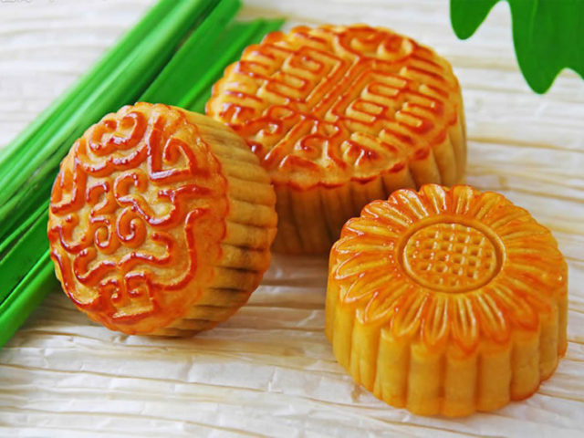 Innovacera-technical ceramic solution celebrate Mid-Autumn festival by mooncake